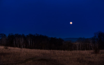 Driftless Dark Skies: Lunar Time